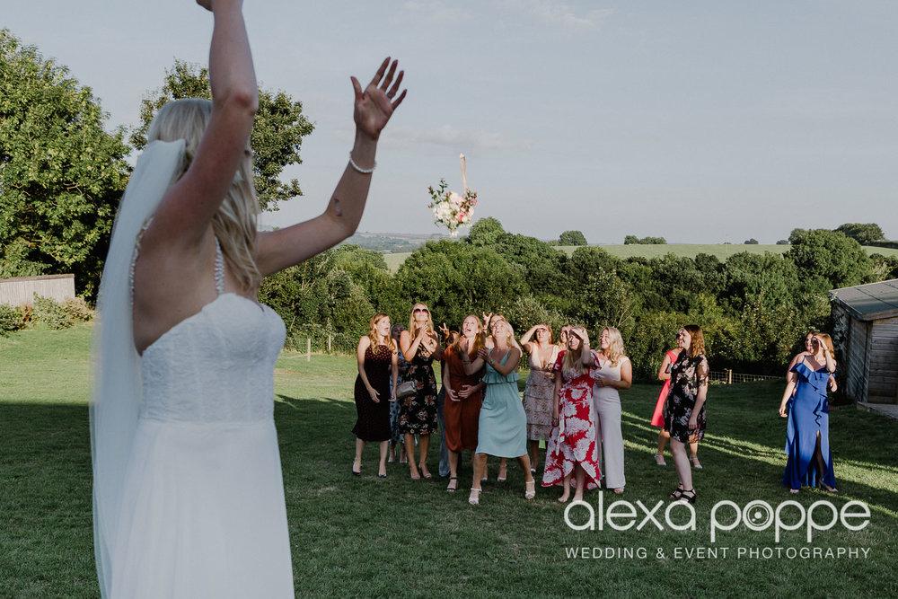 JA_outdoor_wedding_thegreen_cornwall_70.jpg