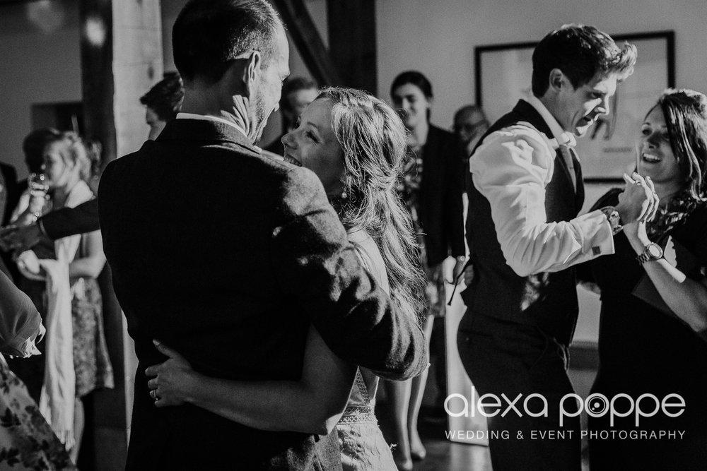 CT_wedding_nancarrow_102.jpg