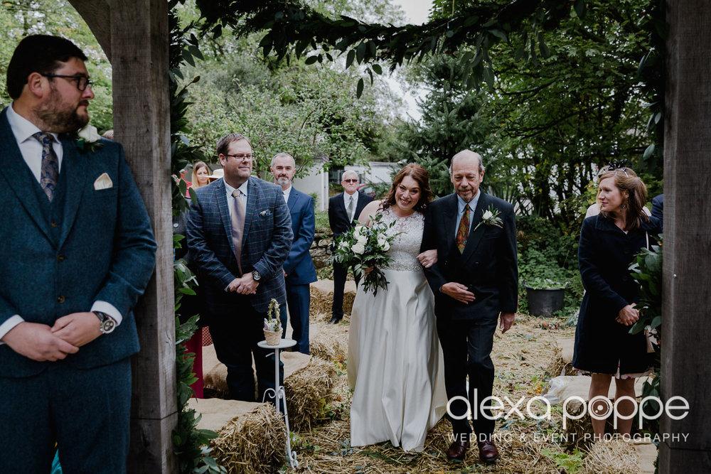 AM_wedding_knightorwinery_cornwall_10.jpg