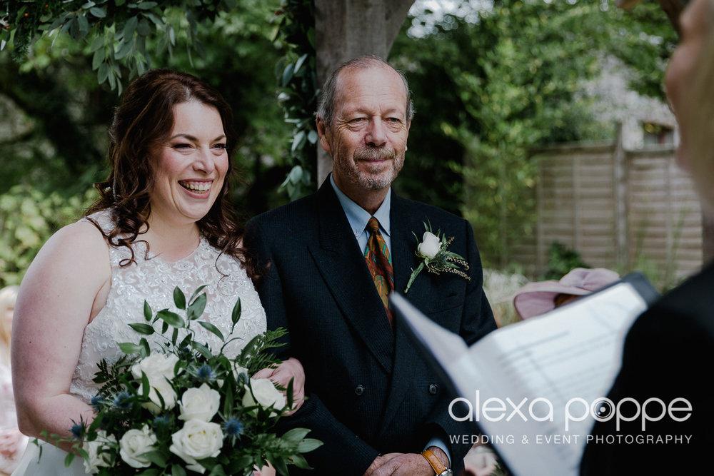 AM_wedding_knightorwinery_cornwall_11.jpg