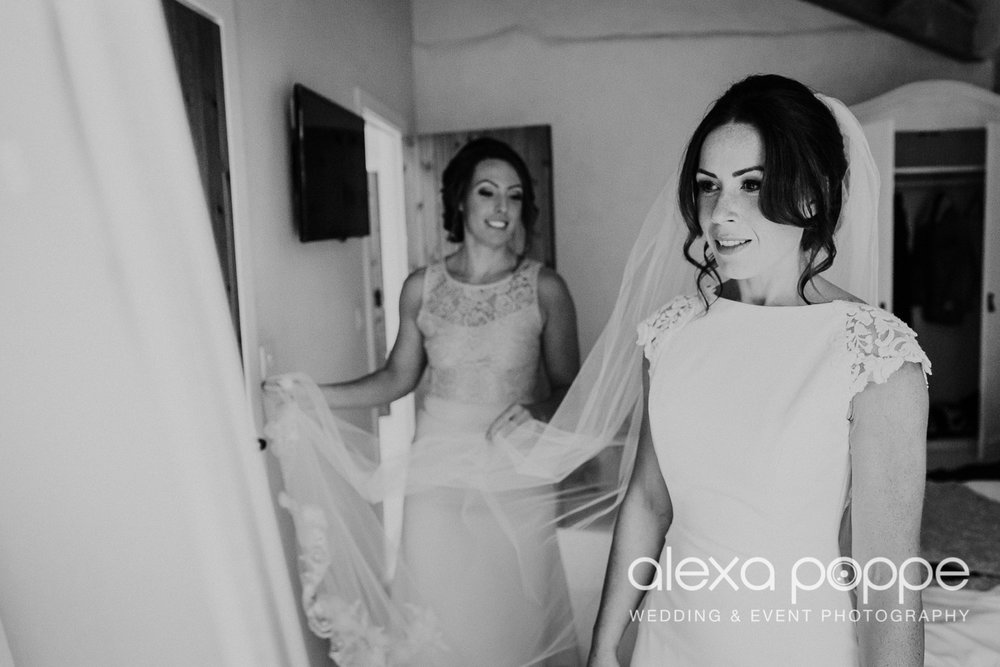 LJ_wedding_cosawesbarton_6.jpg