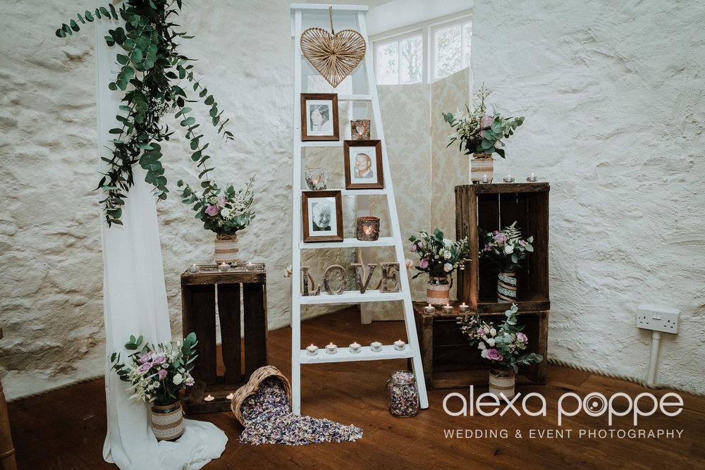 LJ_wedding_cosawesbarton_13.jpg