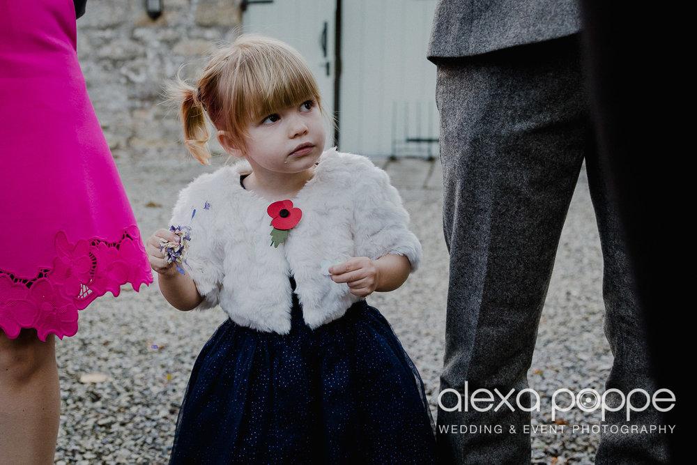 LJ_wedding_cosawesbarton_25.jpg