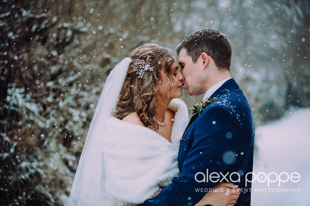 JK_wedding_thegreen_1.jpg