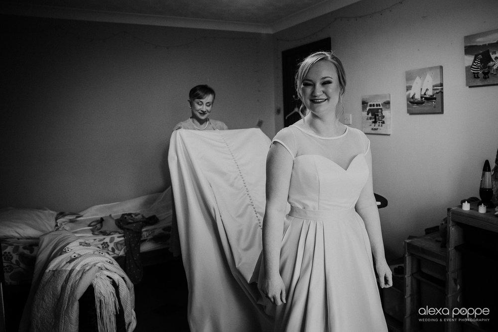 BJ_wedding_chycara_cornwall_7.jpg