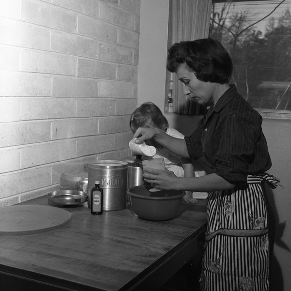 Baking in Tallahassee, 1959, Courtey of the Florida State Archive, Florida Memory Project