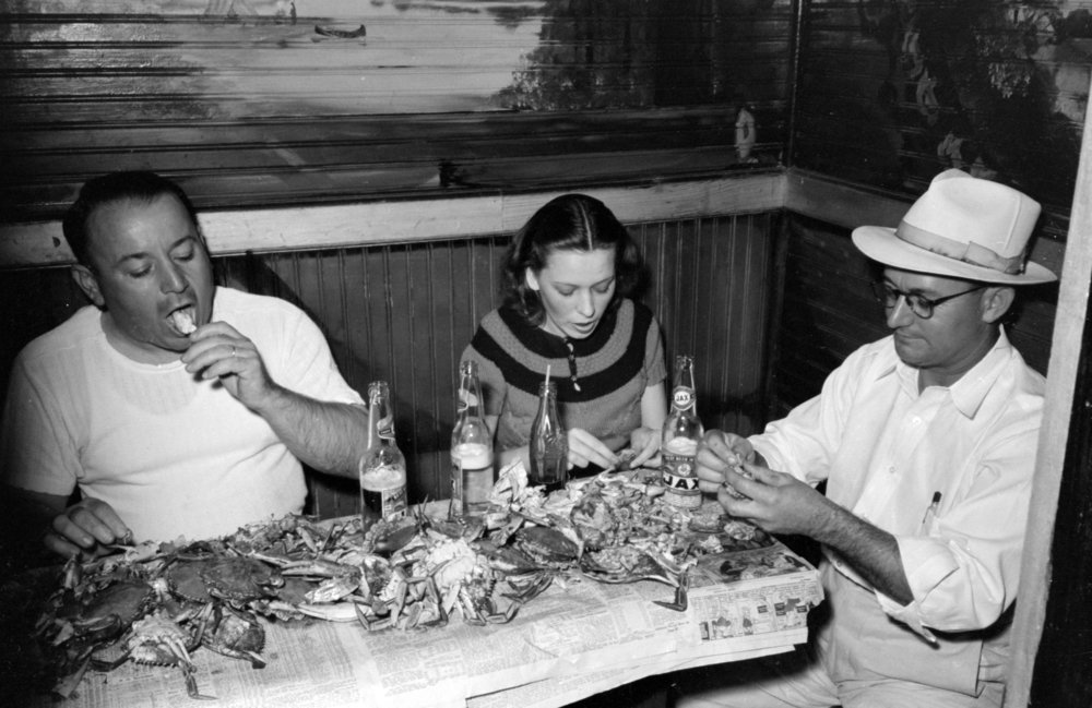 Eating Crabs at a Crab Boil, 1938, Raceland, Louisiana, Courtesy of the Library of Congress