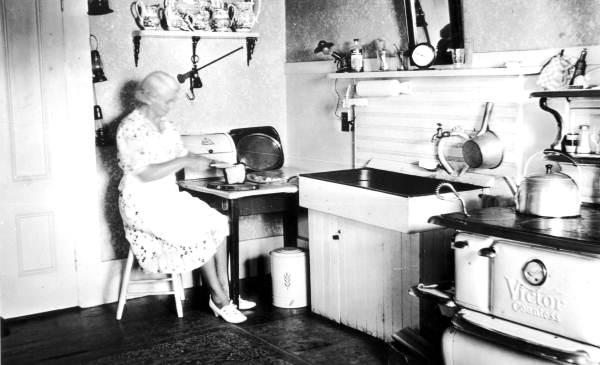 Cooking Pensacola, Florida, circa 1930, Courtesy of the Florida Memory Project