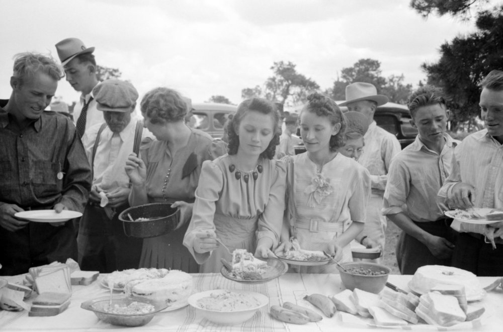 1940 picnic, Courtesy of the Library of Congress