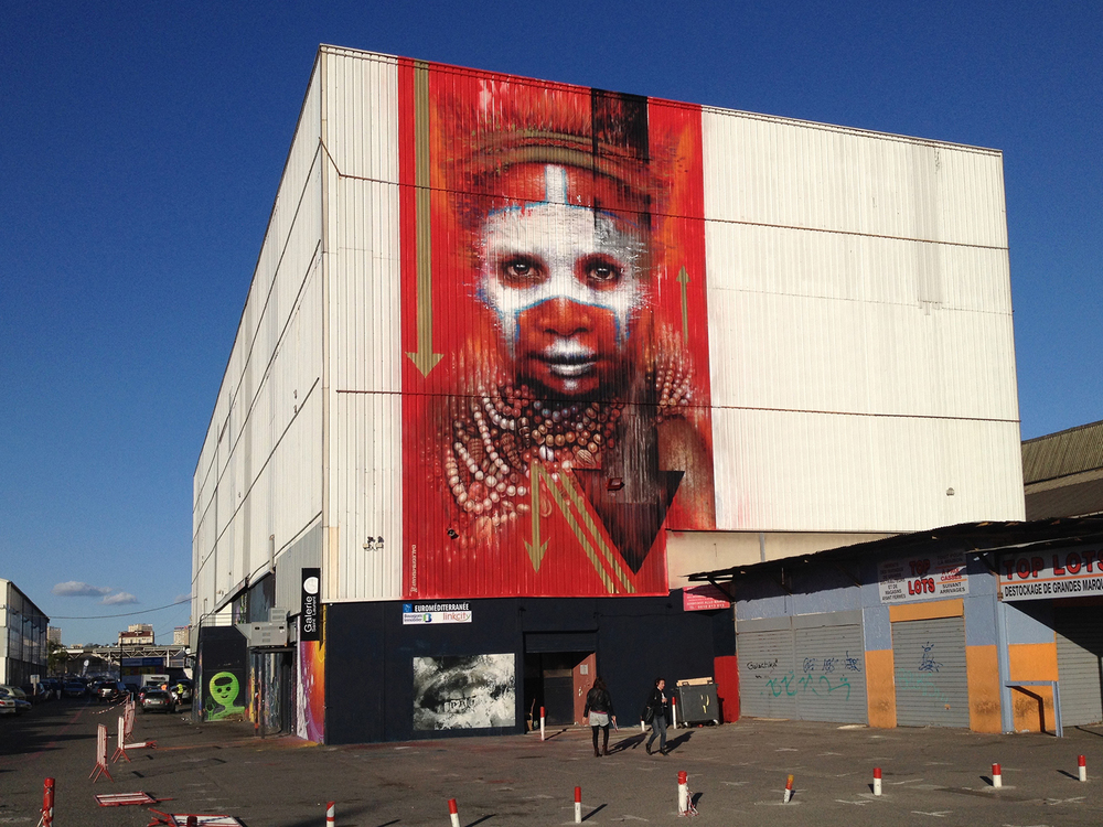 Dale Grimshaw  in a giant scale.