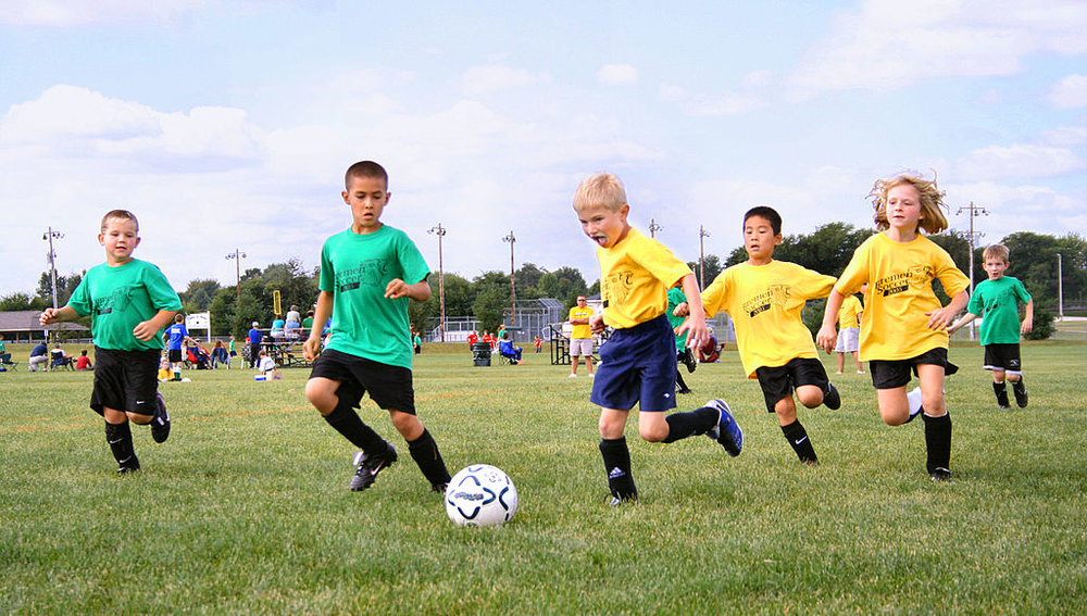 1024px-Youth-soccer-indiana.jpg
