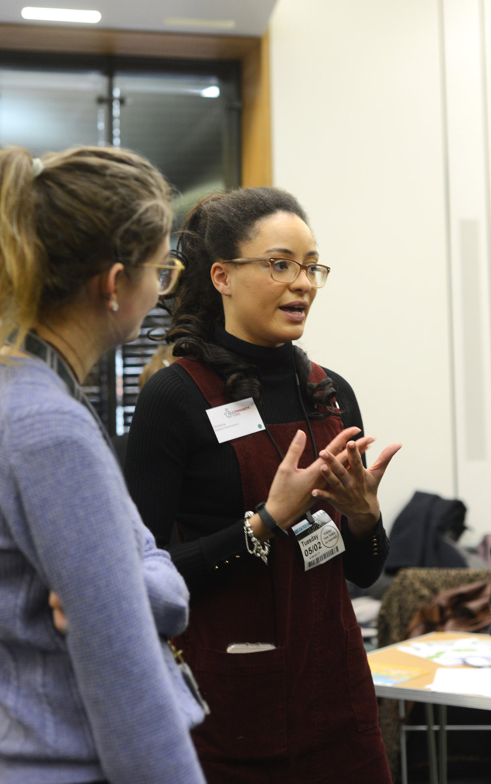 HeadStart Ambassador Cristina discussing young people's mental health support at the Parliamentary event.