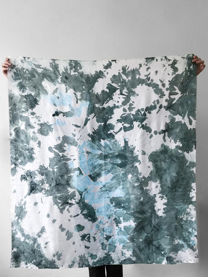 Fine_Silk_Blanket_Scarf_Green_Blue_40bbcf44-25b1-428e-a95c-d231ab6359d0_720x.jpg
