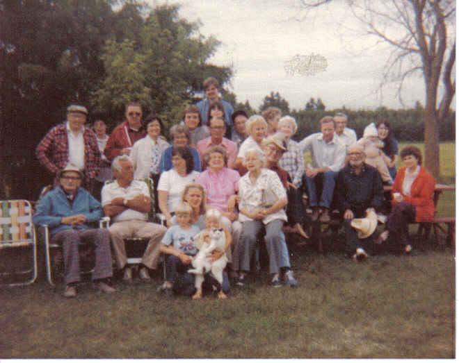 family reunion 1984.jpg