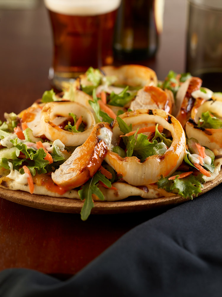 Grilled Buffalo Chicken and Vidalia® Sweet Onions Flatbread Salad