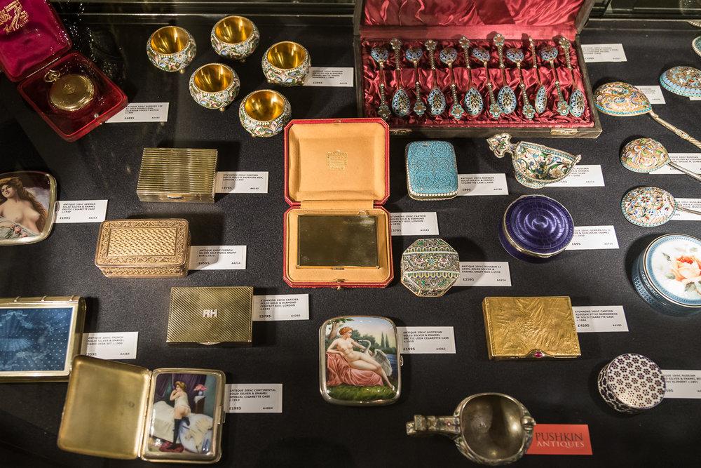 pushkin-antiques_lapada-5.jpg