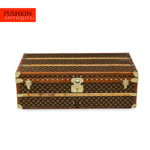 6ec9ef3a9c818 BEAUTIFUL 20thC LOUIS VUITTON MONOGRAM CANVAS CABIN TRUNK c.1940 ...
