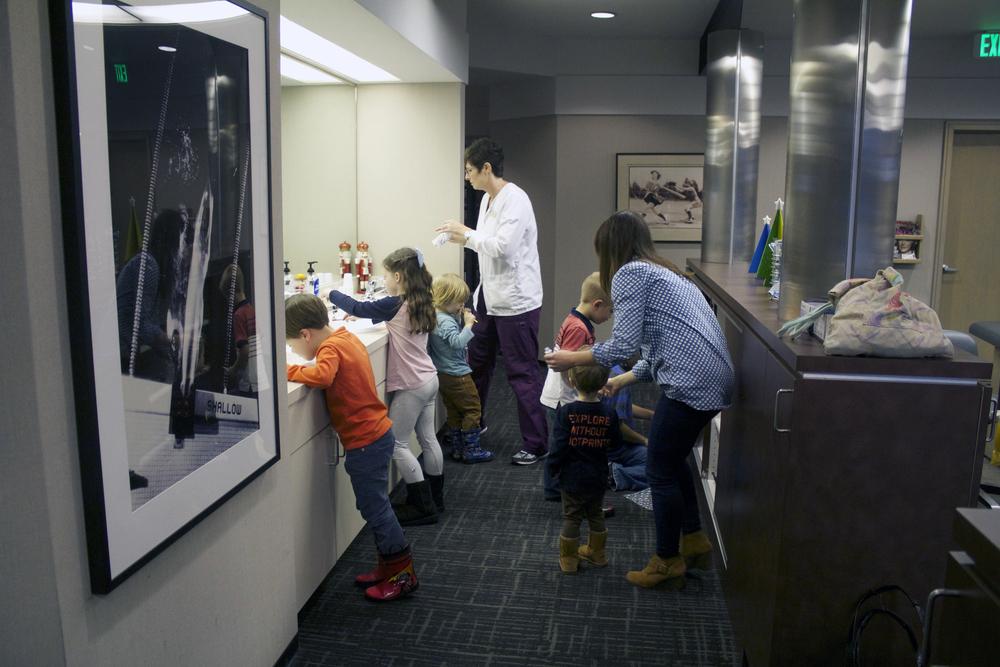 kids-brushing-teeth.jpg