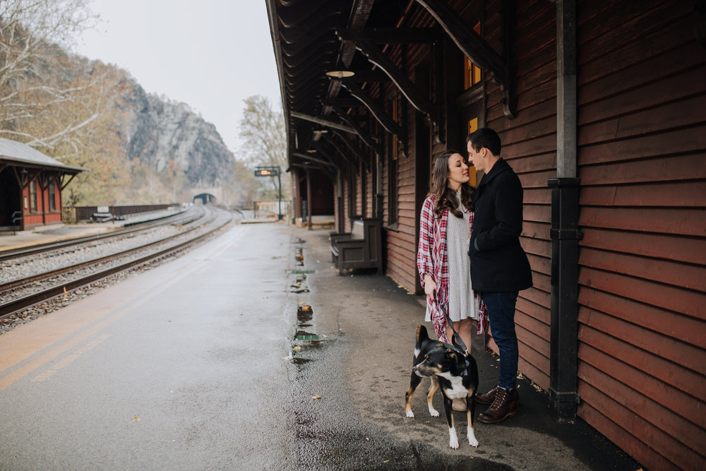 PANGTOGRAPHY-WESTVIRGINIA-ENGAGEMENT-PHOTOGRAPHY-HARPERSFERRY9