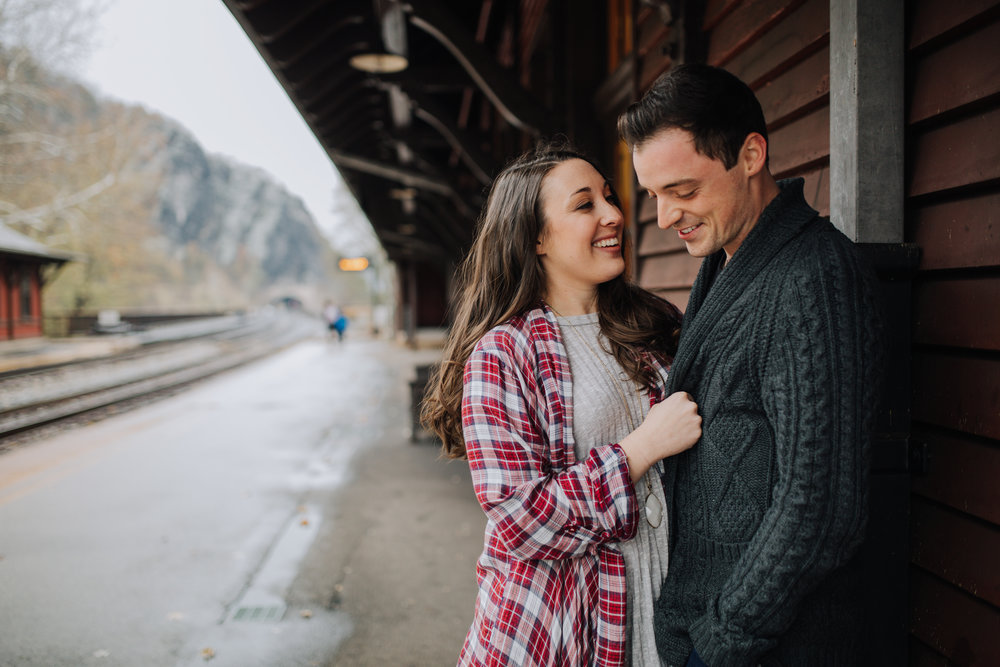 PANGTOGRAPHY-WESTVIRGINIA-ENGAGEMENT-PHOTOGRAPHY-HARPERSFERRY8
