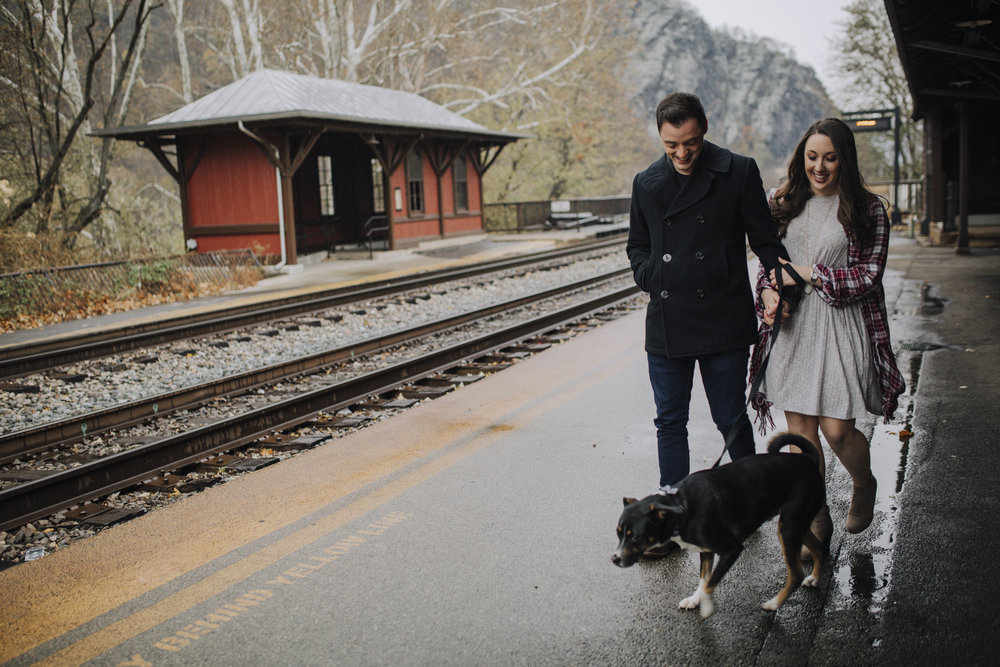 PANGTOGRAPHY-WESTVIRGINIA-ENGAGEMENT-PHOTOGRAPHY-HARPERSFERRY11