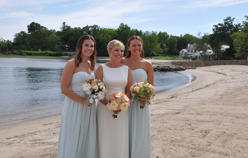 wedding-bride-bridesmaids.JPG