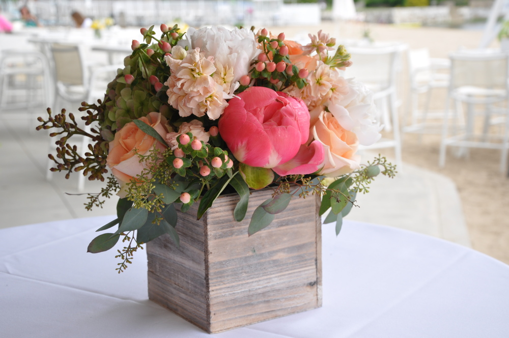 good-gardens-wedding-arrangement.JPG