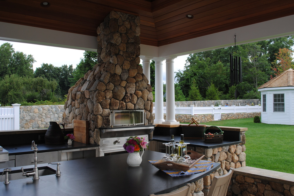 outdoor-darien-connecticut-kitchen.JPG