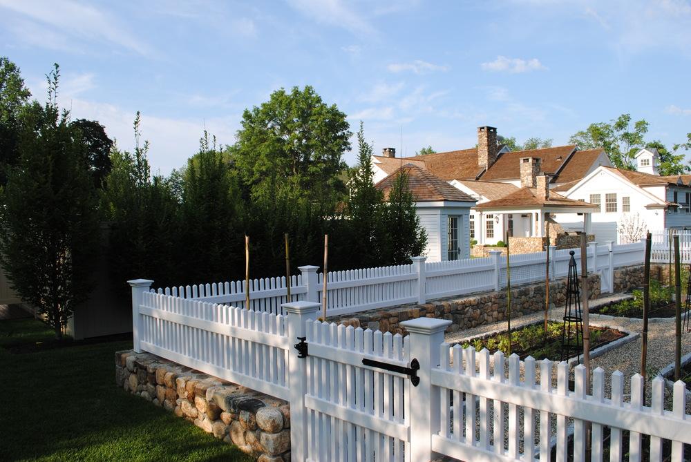 darien-fence.JPG