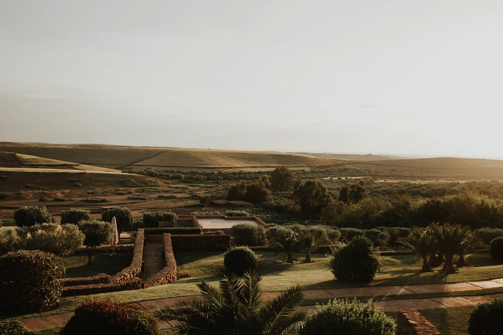 0000001_6C4A8895_Weddings_Junebugweddings_Morocco_Destination_Dress.jpg