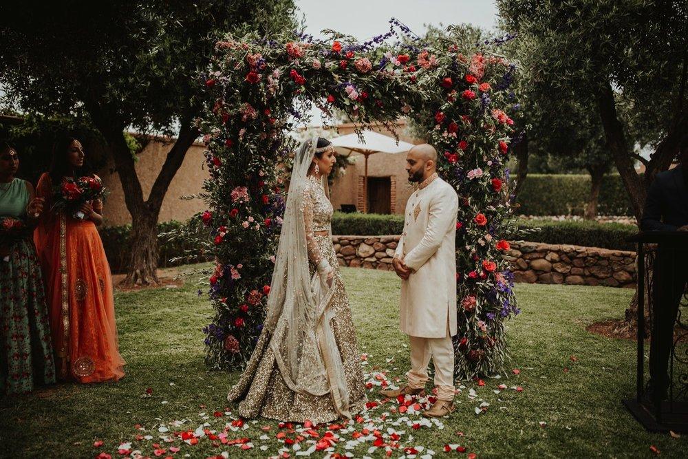 0000014_6C4A0345_Weddings_Junebugweddings_Morocco_Destination_Dress.jpg