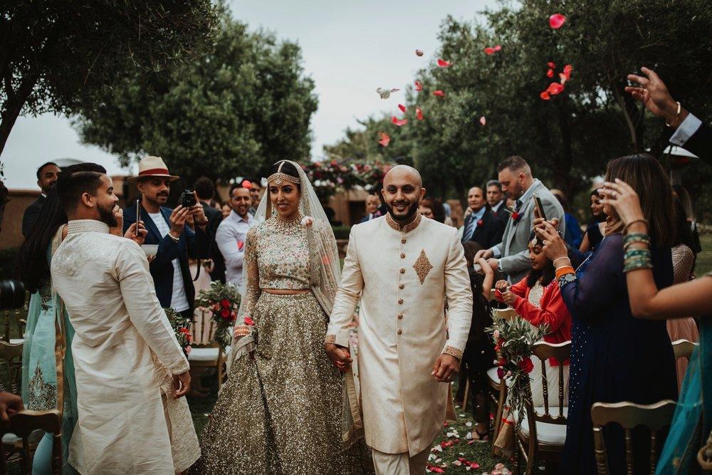 0000019_6C4A0370_Weddings_Junebugweddings_Morocco_Destination_Dress.jpg