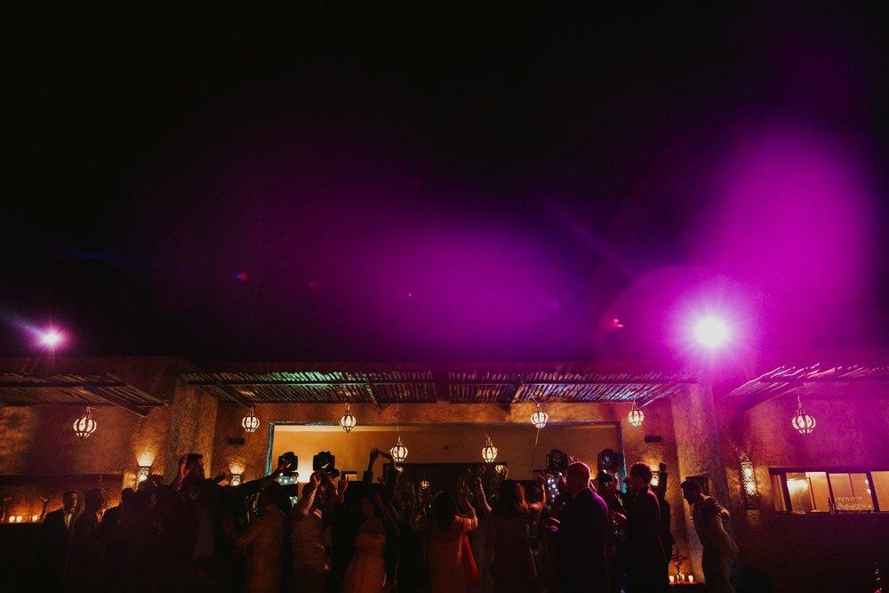 0000057_DSC02634_Weddings_Junebugweddings_Morocco_Destination_Dress.jpg