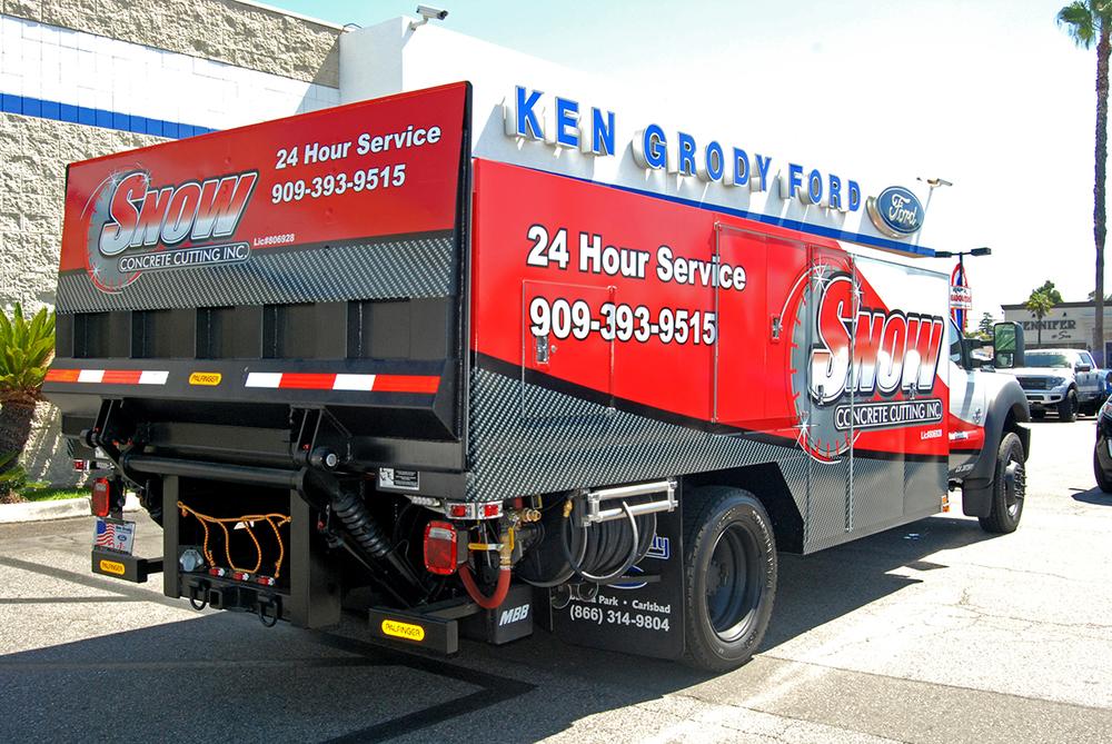 Truck wraps service truck