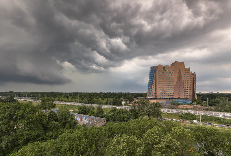 [❍] Thunderstorm - Groningen (Gasunie Building)