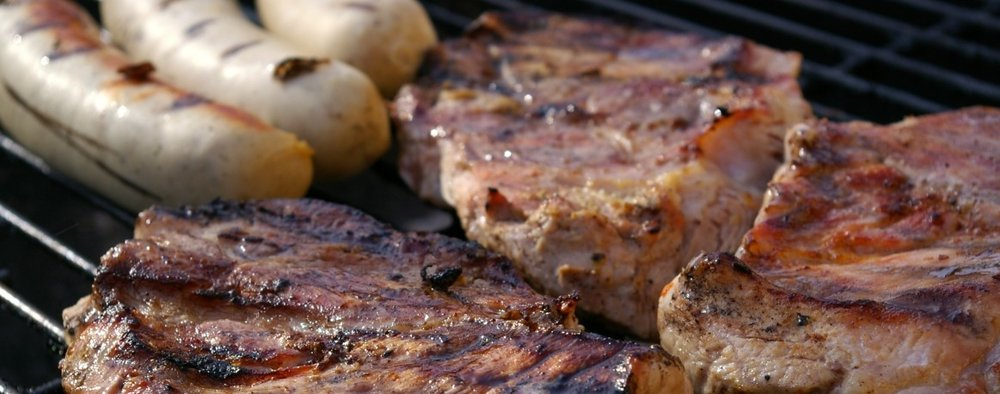 PARRILLDAS - Cortes Premium: Rib Eye, Costilla, Arrachera, Chistorra, Chorizo, pasta y ensalada.Hamburguesas: Carne/Pollo/Portobello, Pasta y ensalada.Brochetas: Carne, Pollo, Camarón, Verduras, Pasta y Ensalada.