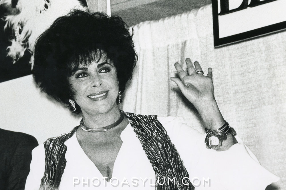In the flesh. Liz Taylor at Macys at Aventura Mall in North Miami Beach, early 1990s. ©Steven Paul Hlavac. All rights reserved.