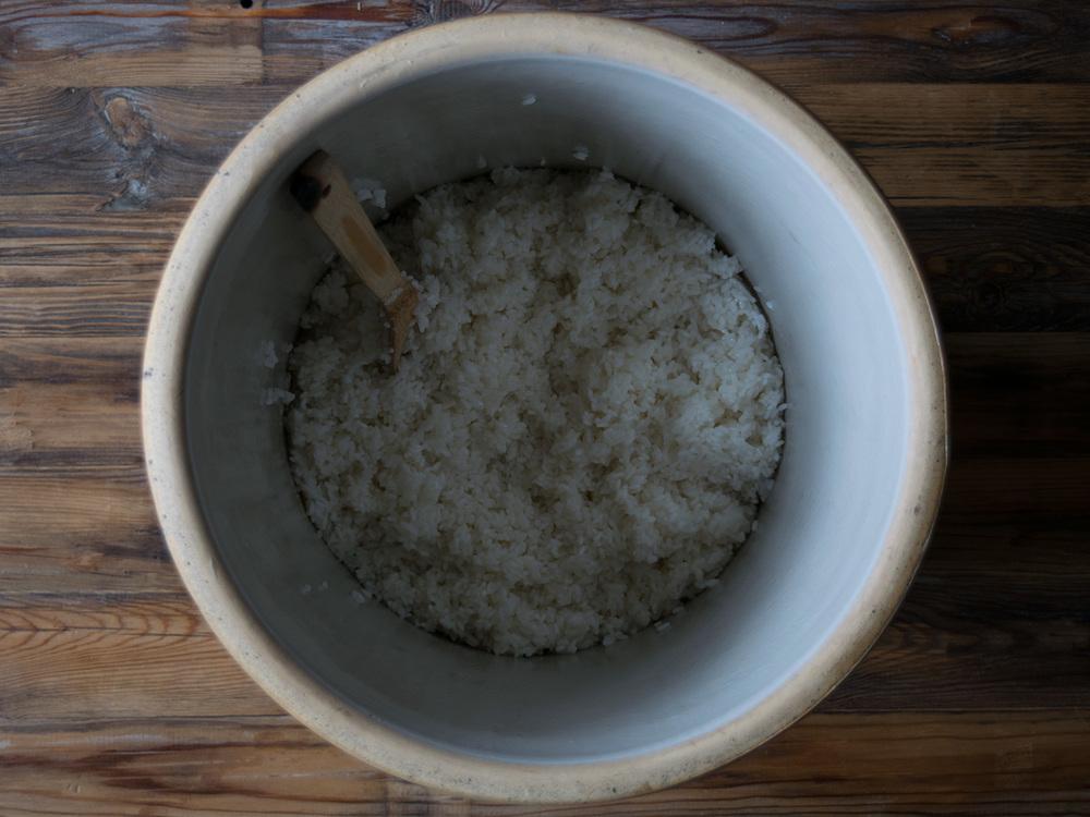ricebeer_crock-rice.jpg