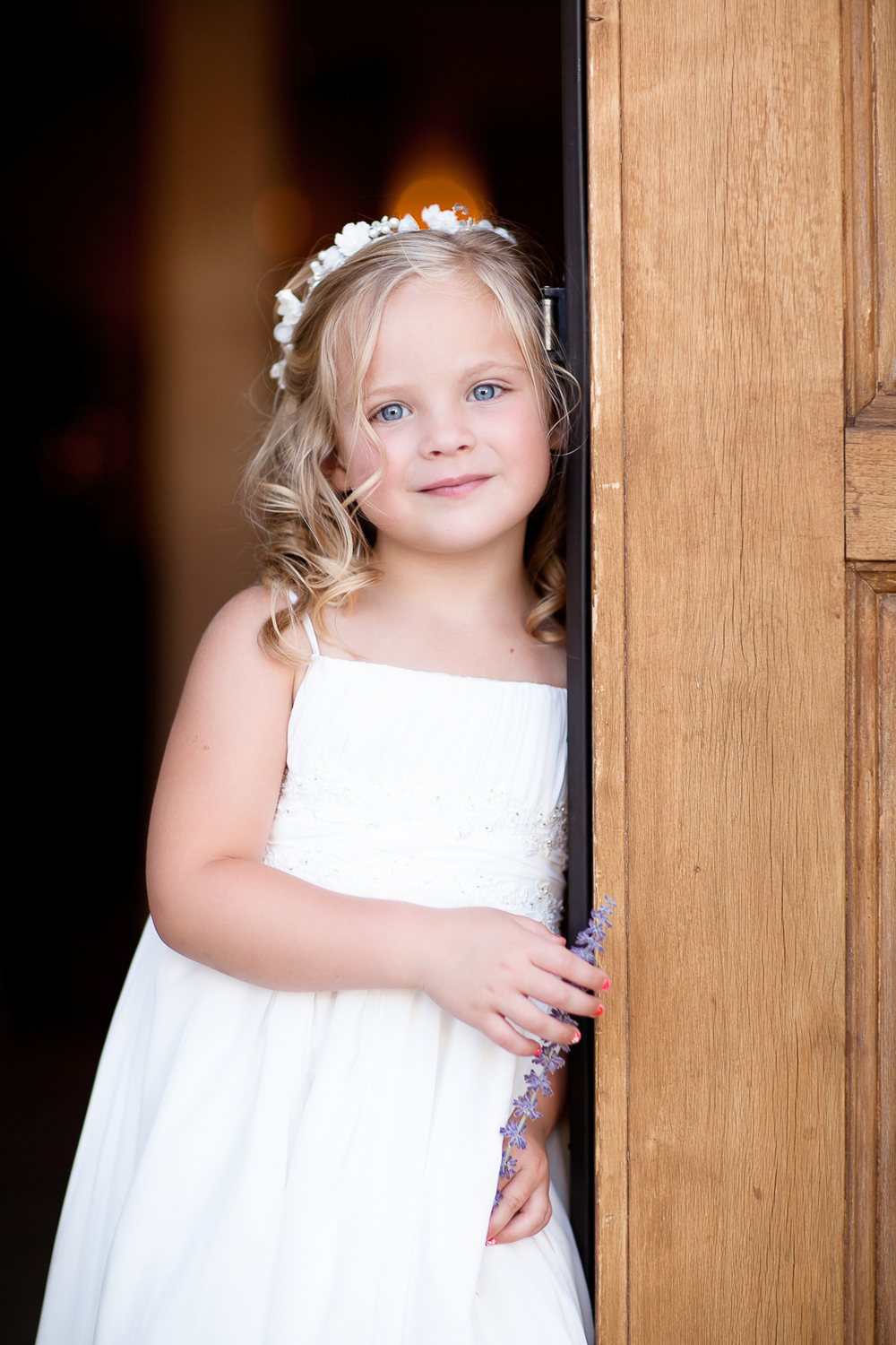 Cat Mayer Studio |  http://www.catmayerstudio.com  | Grand Junction Photographer | Little girl in white dress