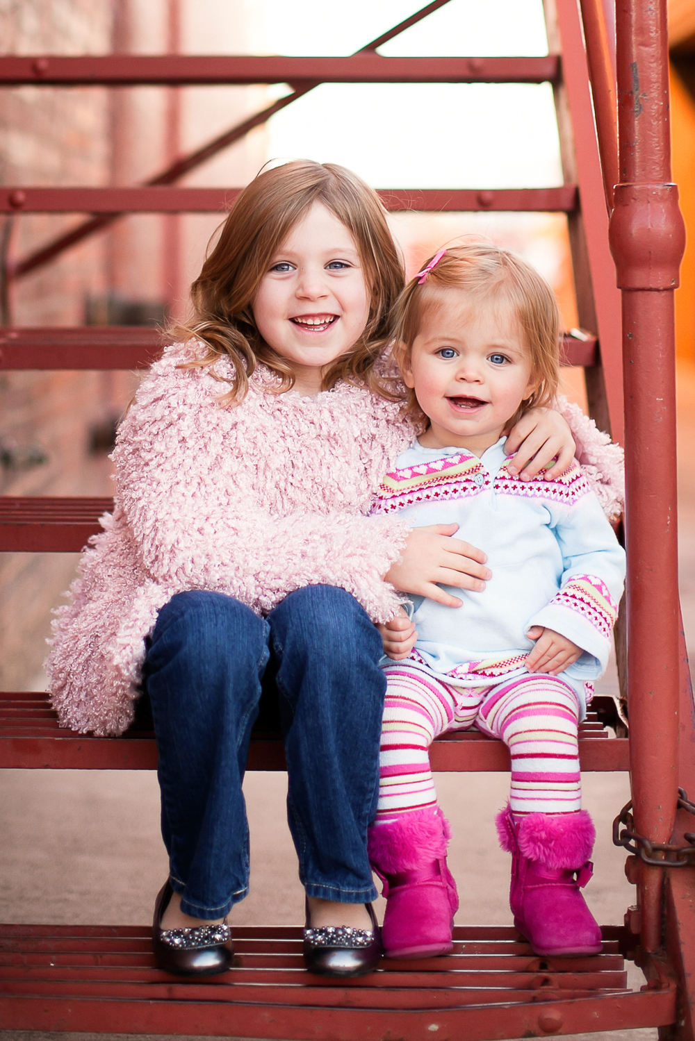 Cat Mayer Studio |  http://www.catmayerstudio.com  | Grand Junction Photographer | Two sisters