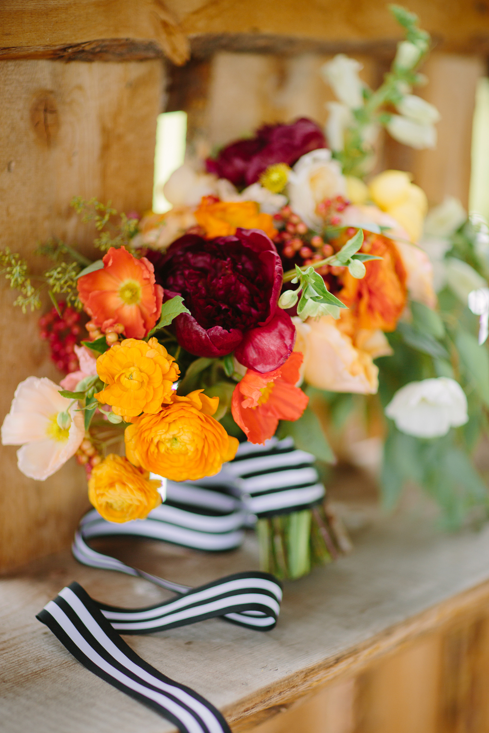 Aspen wedding / Bride's bouquet by 3 Leaf Floral