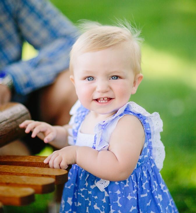 Baby girl photograph at Palisade winery