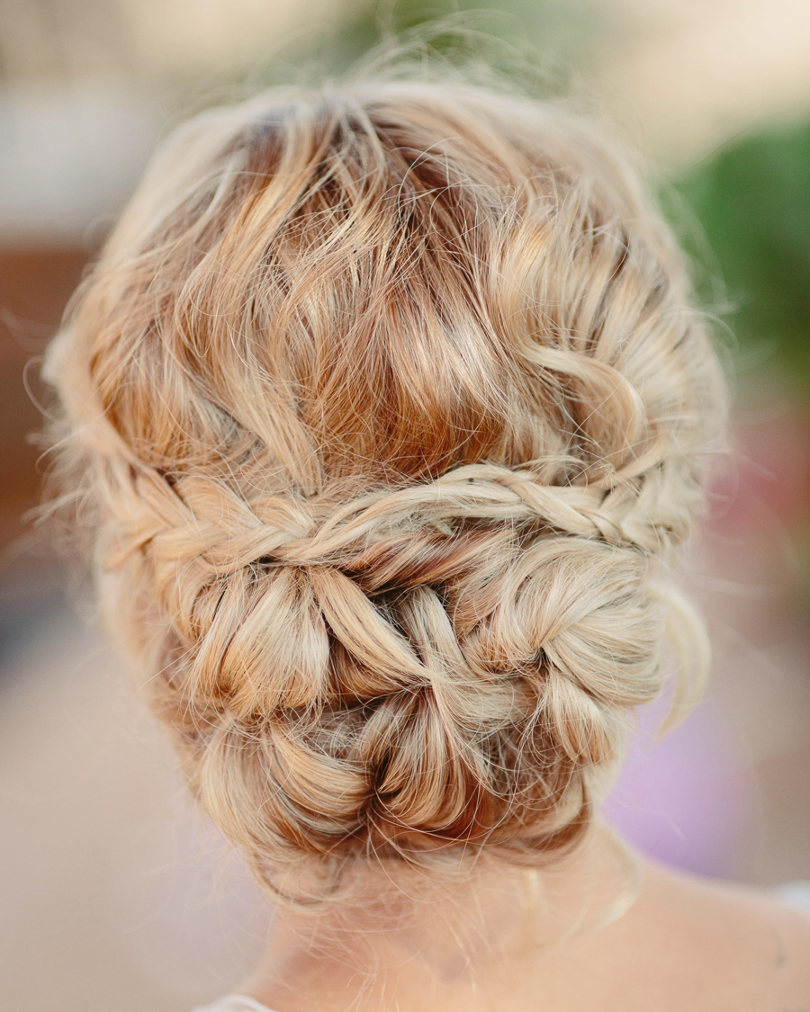 Grand Junction wedding hairstyle by Hair We Are/Aimee Bates / Photo: Cat Mayer Studio