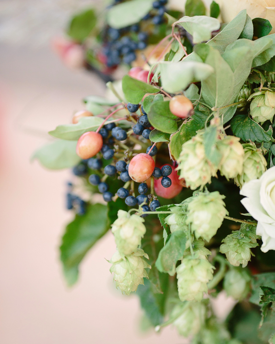 Grand Junction wedding flowers by 3 Leaf Floral / Photography: Cat Mayer Studio