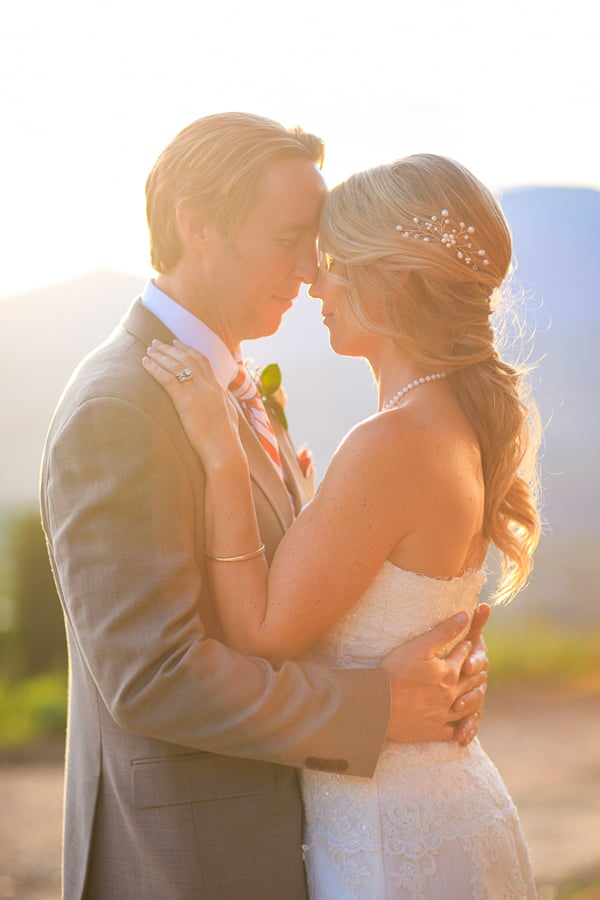 Bride and groom at sunset / Gorrono Ranch Wedding / Photographer: Cat Mayer Studio