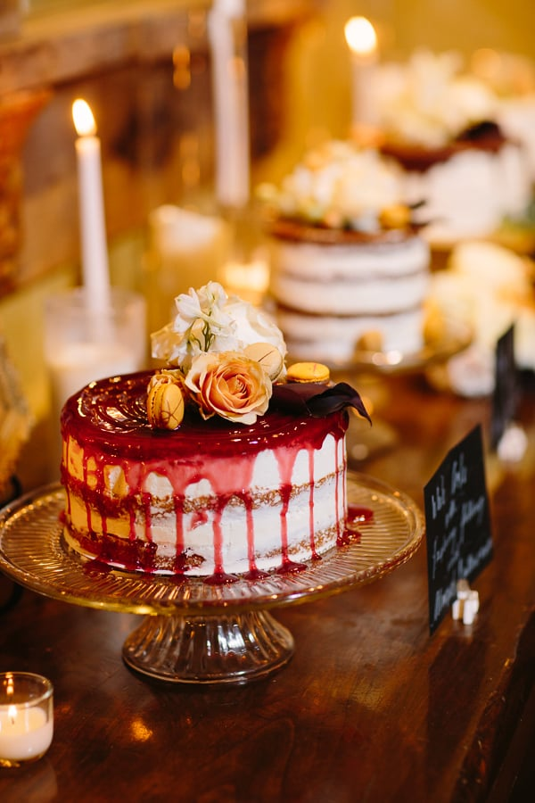 Winter wedding cakes | Park Hyatt Beaver Creek | Photography by Cat Mayer Studio www.catmayerstudio.com