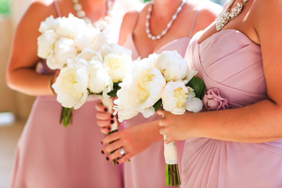 White peony wedding bouquets | Bride & Bloom Design | Grand Junction wedding photographer | www.catmayerstudio.com