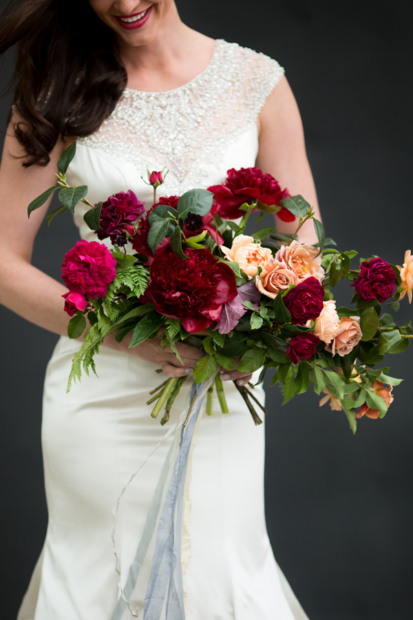 Fall inspired wedding bouquet | 3 Leaf Floral | Photography by www.catmayerstudio.com