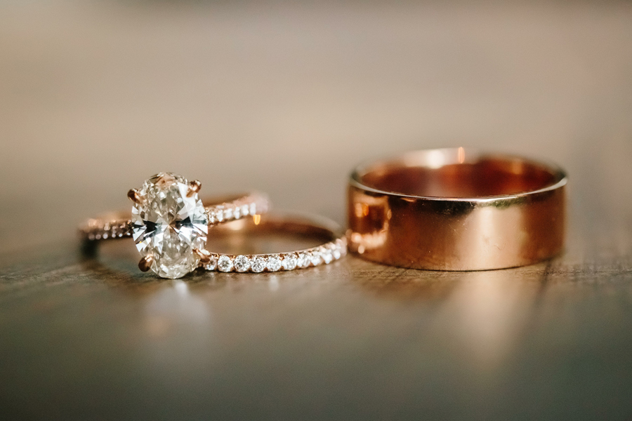 Rose gold wedding rings | Aspen wedding at The Little Nell | Photography by Cat Mayer Studio www.catmayerstudio.com