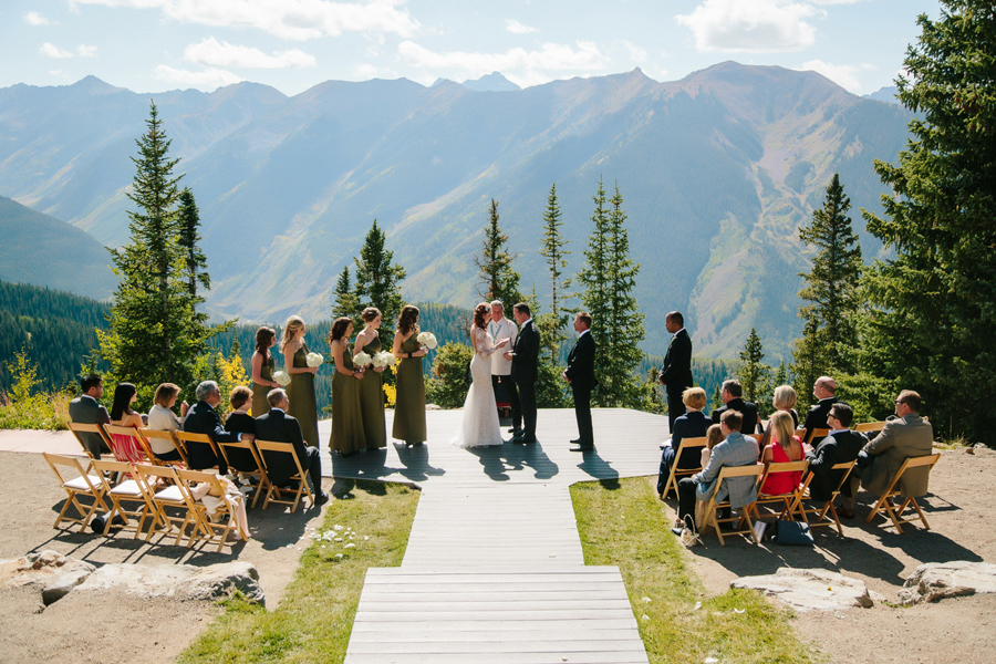 Wedding at Little Nell wedding deck | Aspen wedding photographer Cat Mayer Studio www.catmayerstudio.com